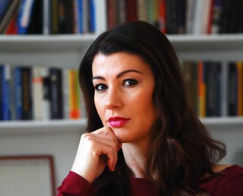 dr. Dominika Švarc Pipan