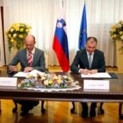 Podpis-sporazuma-za-Planica-2015-300x200