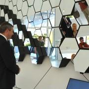 Minister Dejan Židan na SLO paviljonu na EXPO
