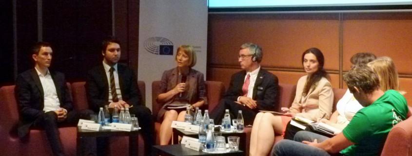 Tanja Strniša na konferenci o TTIP