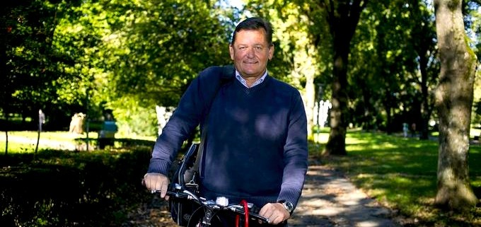 Župan Aleksander Jevšek s kolesom