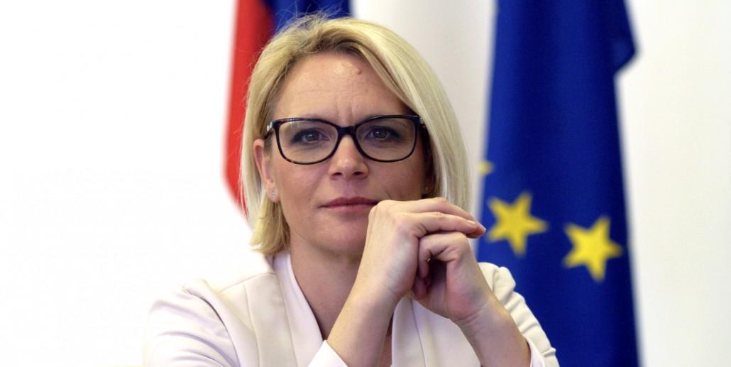 Anja Kopač Mrak - Naprej