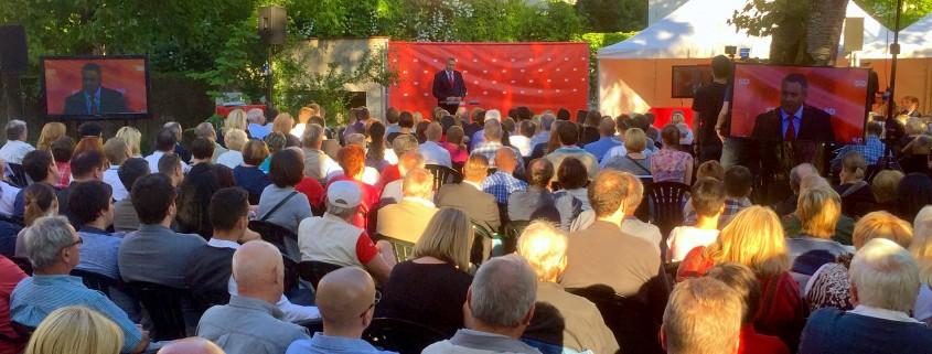 Dejan Židan med govorom ob dnevu stranke SD