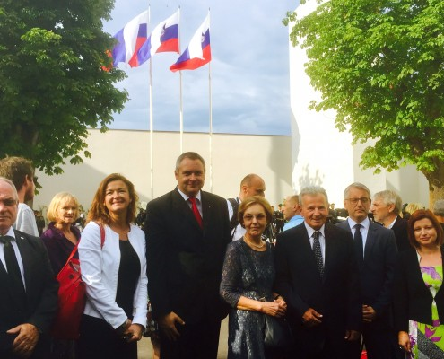 Delegacija SD na odkritju spomenika žrtvam vojn