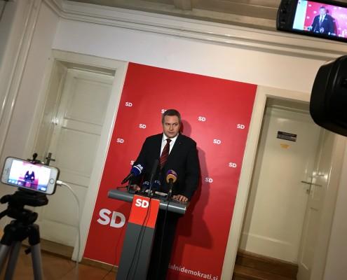 Dejan Židan z mediji po seji Predsedstva SD